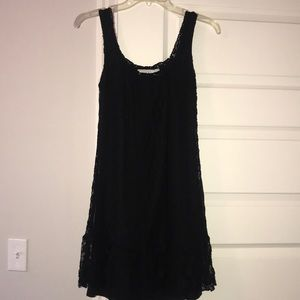 Dresses & Skirts - Tank top sleeve, short black dress